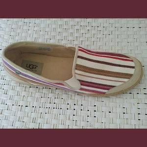 UGG Delizah Cream Stripe Slip On Shoes Sz 10